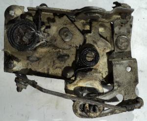 1965 Ford Fairlane    2dr ht    låskista   höger