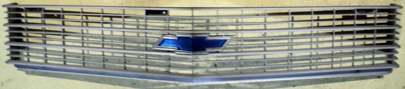 1969   Chevrolet       grill     (matt i ytan men hel)