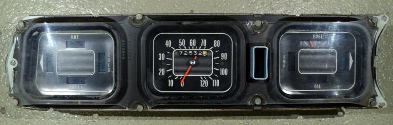 1967   Oldsmobile 98    instrumenthus