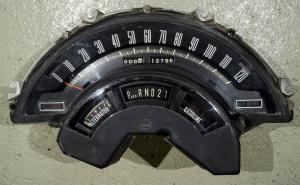 1965  Chrysler Newport     instrumenthus hastighetsmätare, batteri, växelindikator