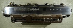 1968 Ford Galaxie      instrumenthus hastighetsmätare, tankmätare, ljuskontakt