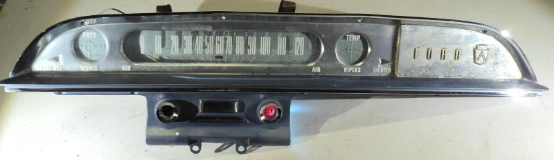 1960 Ford        instrumenthus hastighetsmätare, tankmätare, tempmätare