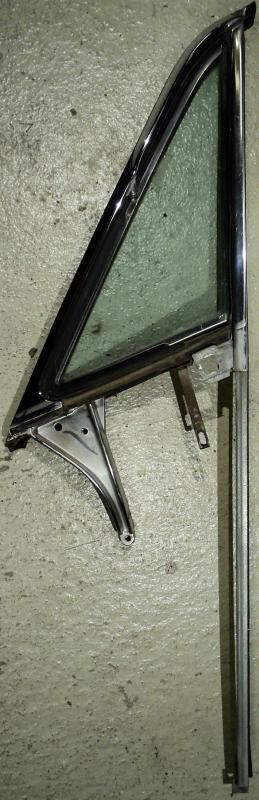 1968 Ford LTD    4dr ht  ventilationsruta enhet    vänster