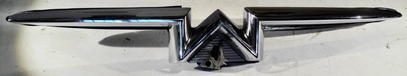 1957 Mercury     krom vid kofortlås   (med nyckel)