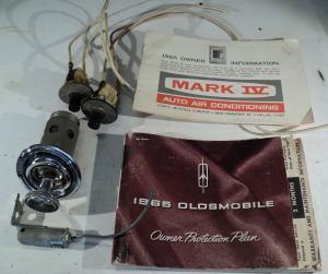 1965   Oldsmobile 88    diverse småplåck