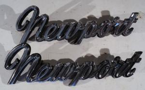 1966  Chrysler Newport     emblem     höger och vänster