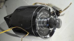 1964   Cadillac  ljuskontakt automatisk avbländning   (porer i krom)