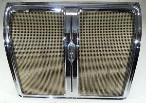 1969   Oldsmobile 88  2dr ht högtalargaller baksäte