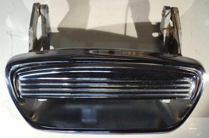 1957  Chrysler     dörrhandtag        vänster bak