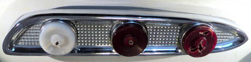 1959 Edsel   bakljusramp (några porer I kromet annar fin)      höger