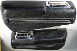 1968   Oldsmobile Cutlass  4dr sedan armstöd bak höger + vänster