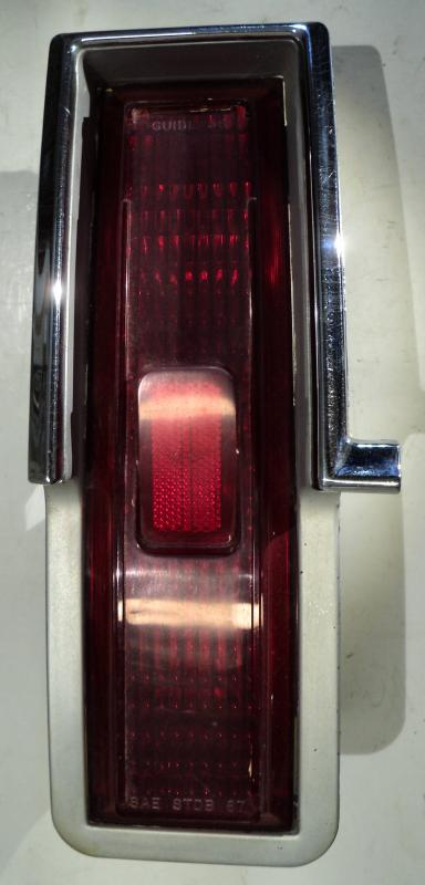 1967   Oldsmobile 98    baklampa   vänster