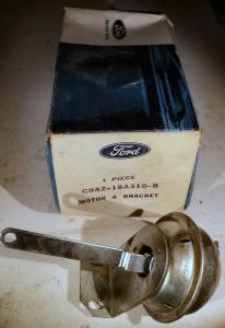 1969 Ford Galaxie    vacumklocka AC C9AZ-18A318-B       N.O.S.