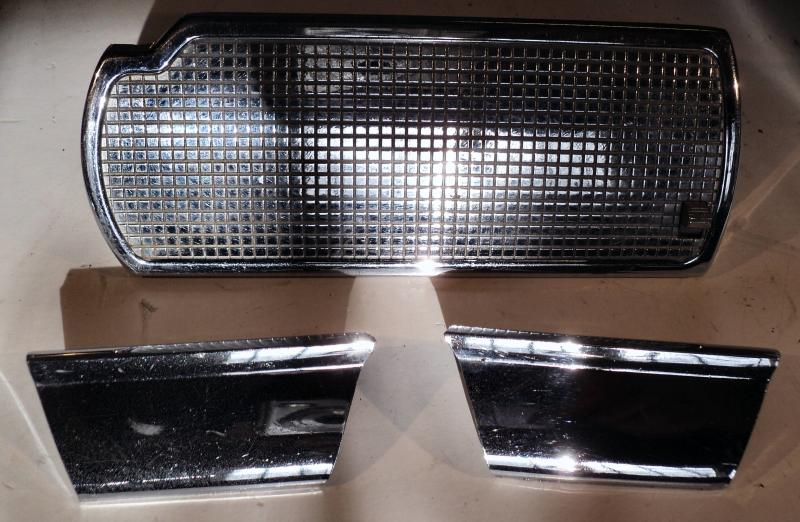 1959 Dodge hgv krom bakluckan