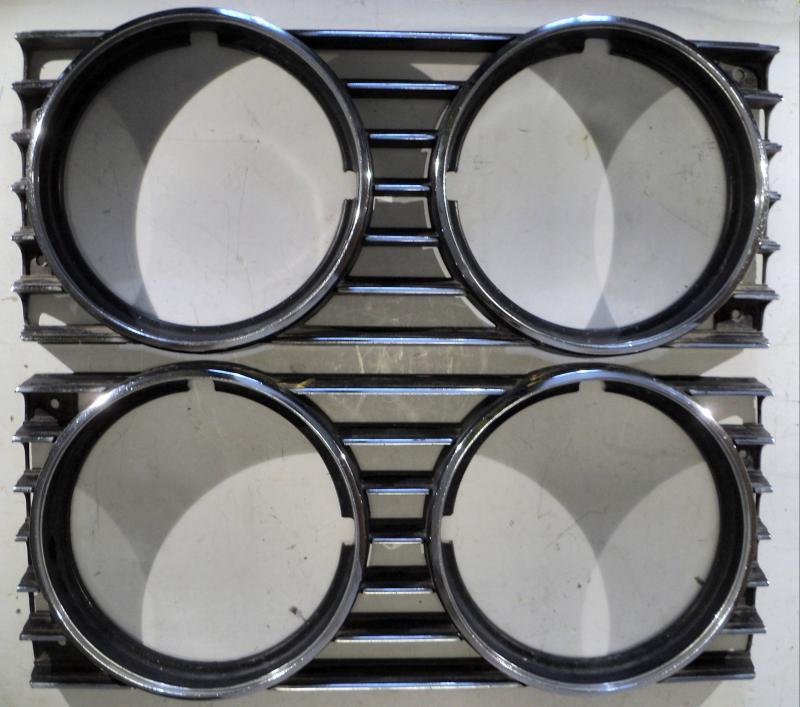 1972 Thunderbird     lampsarg   höger och vänster