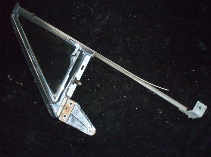 1960 Ford Galaxie Starliner ventilationsruta enhet höger