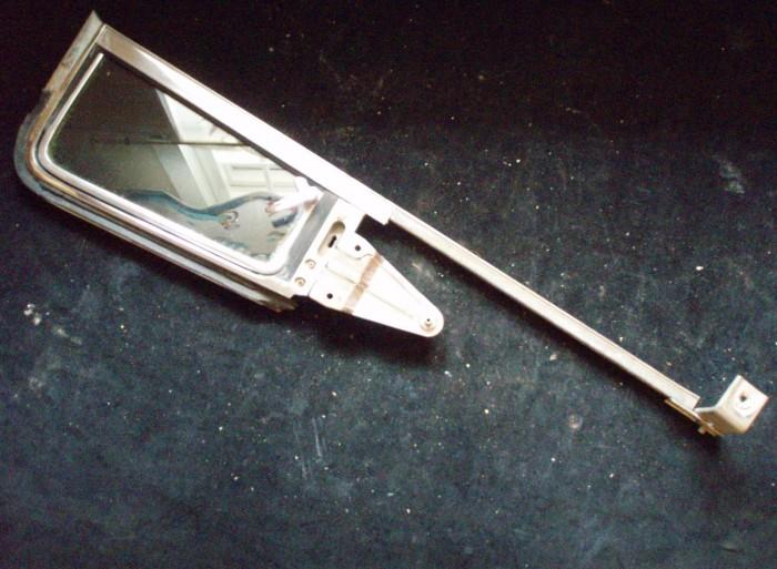 1960 Mercury 2dr ventilationsruta enhet höger