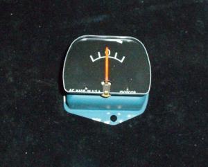 1960 Pontiac amperemeter