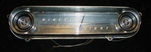 1960 Oldsmobile 98 höger instrumentpanel del