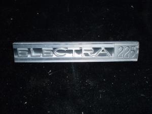 1961 Buick Electra emblem framskärm