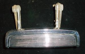1961 Dodge dörrhandtag bak vänster