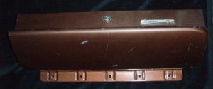 1961 Dodge handskfackslucka