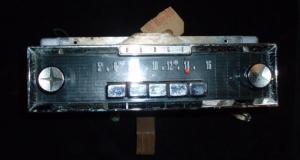 1961 Dodge radio (ej testad)