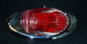 1961 Dodge sw baklampa vänster (bra krom, trasigt glas)