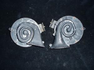 1963 Imperial signalhorn (par)