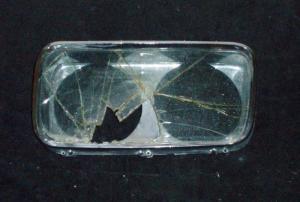 1965 Imperial lampsarg vänster (dåligt glas, bra krom)
