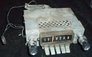 1965 Ford Fairlane radio (ej testad)