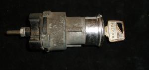 1966 Falcon tändningslås med nyckel