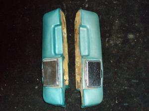 1967 Ford Galaxie armstöd bak höger + vänster (par)