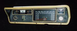 1967 Plymouth Valiant instrumenthus