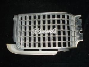 1968 Oldsmobile 98 grill del vänster