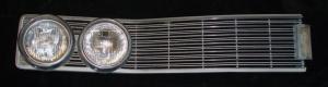1968 Chrysler Newport grillhalva höger med lampsargar