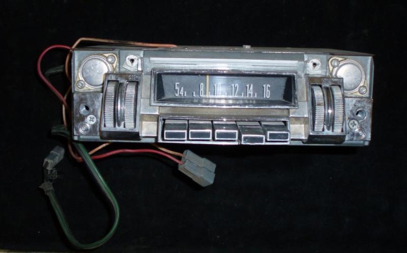 1968 Chrysler radio (ej testad)