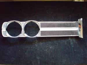1969 pontiac   Bonneville grill del vänster
