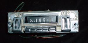 1969 Chrysler Newport radio (ej testad)