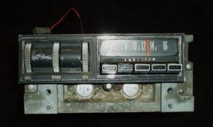 1969 Chrysler radio (ej testad)
