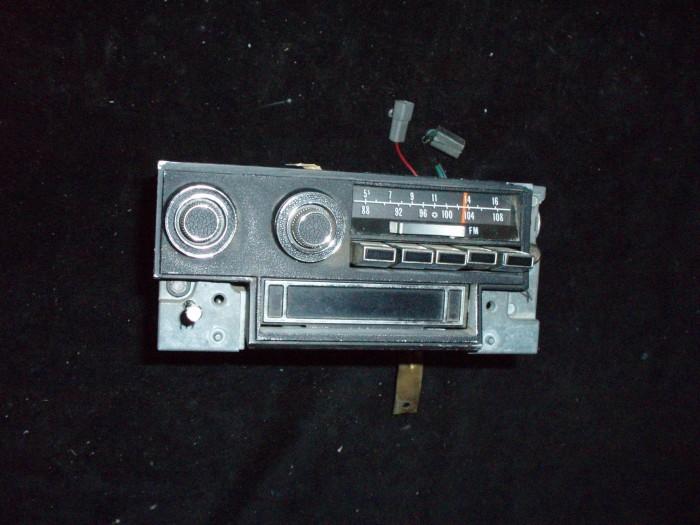 1973 Imperial radio am-fm stereo (ej testad)