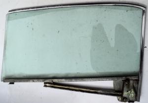 1961 Thunderbird    2dr ht      sidoruta   höger fram