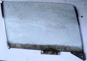 1965  Chrysler NewYorker   2dr ht      sidoruta   höger fram