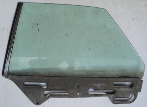 1967  Plymouth Fury   4dr ht      sidoruta   vänster bak