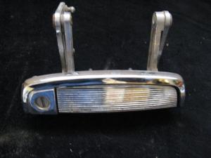 1961 Chrysler Imperial dörrhandtag höger
