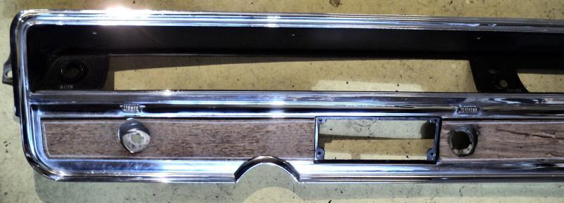 1966 Buick Electra  instrumentbräda krom delen . Obs  Endast hämtning!