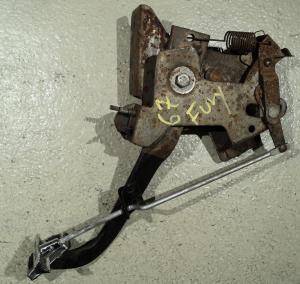 1967  Plymouth Fury     handbroms mekanism