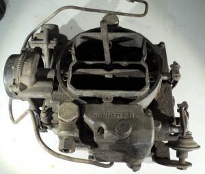 1957 Mercury    368   förgasare Carter