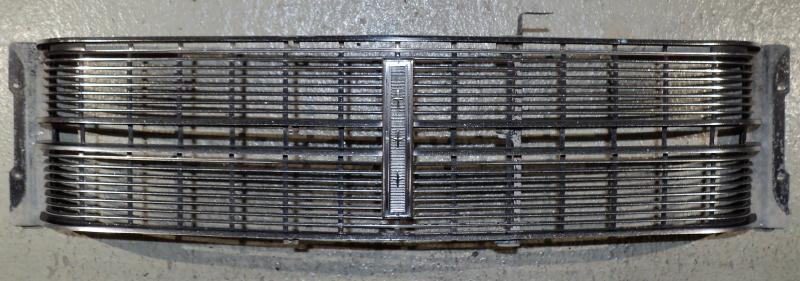 1970 Mercury Monterey  grill     Obs  Endast hämtning!