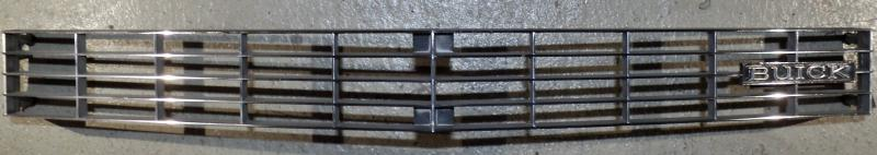 1972 Buick Electra  grill     Obs  Endast hämtning!